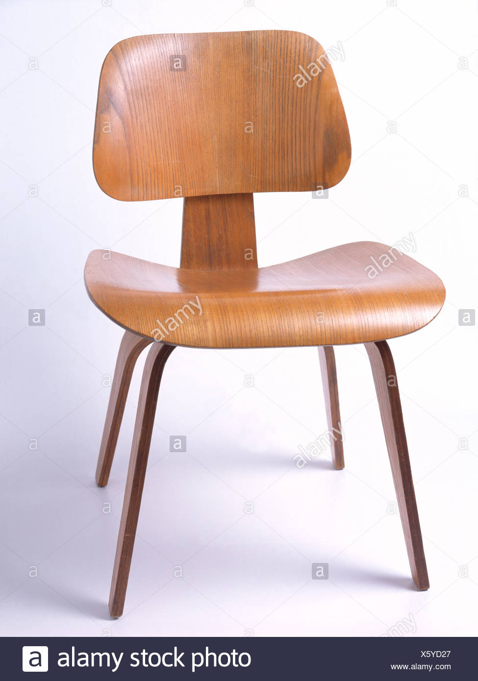 Excellent Close Up Of Charles Eames Dcw Dining Chair Stock Photo Pdpeps Interior Chair Design Pdpepsorg