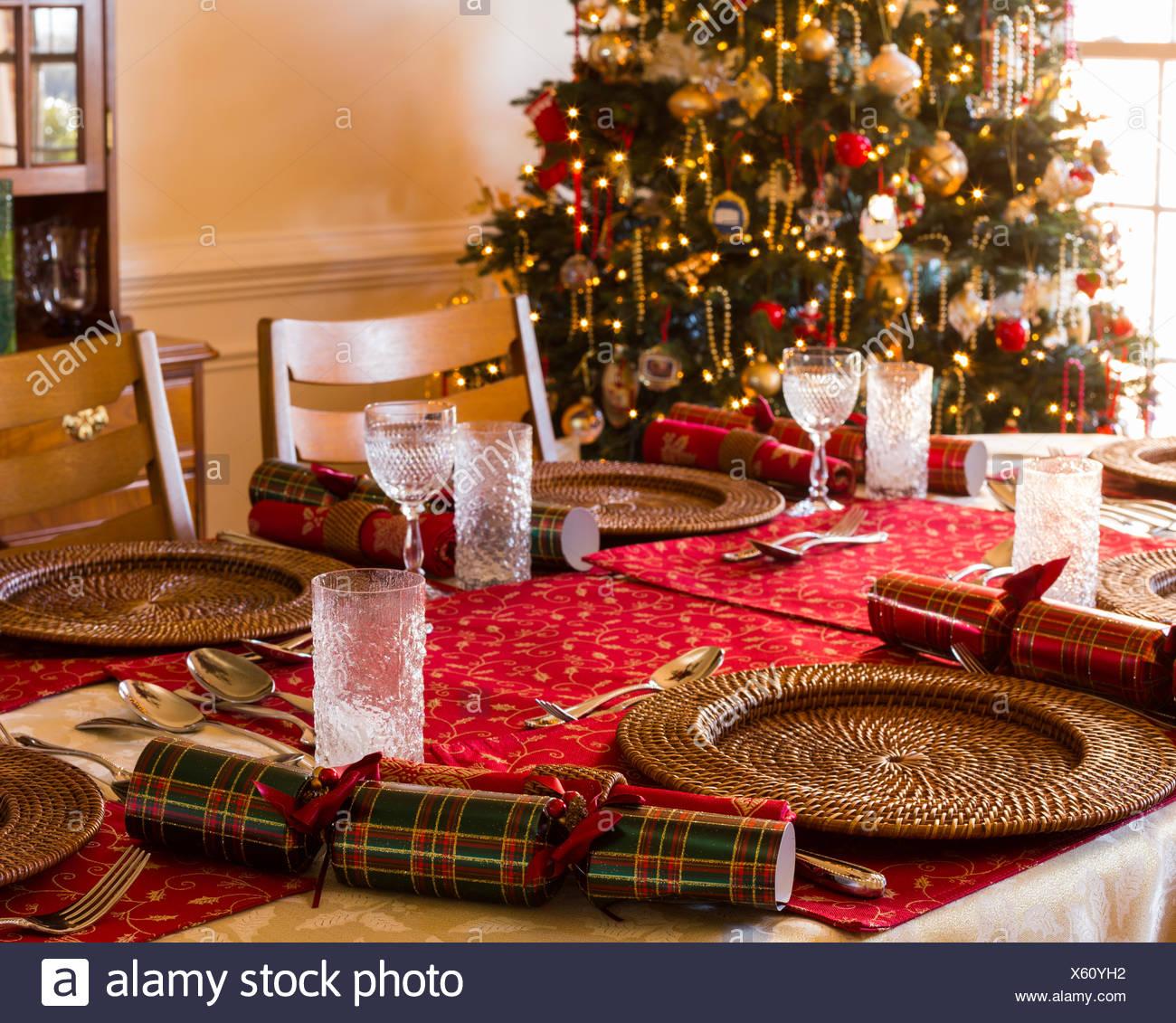 English Christmas Crackers.English Christmas Table With Crackers Stock Photo 279075470