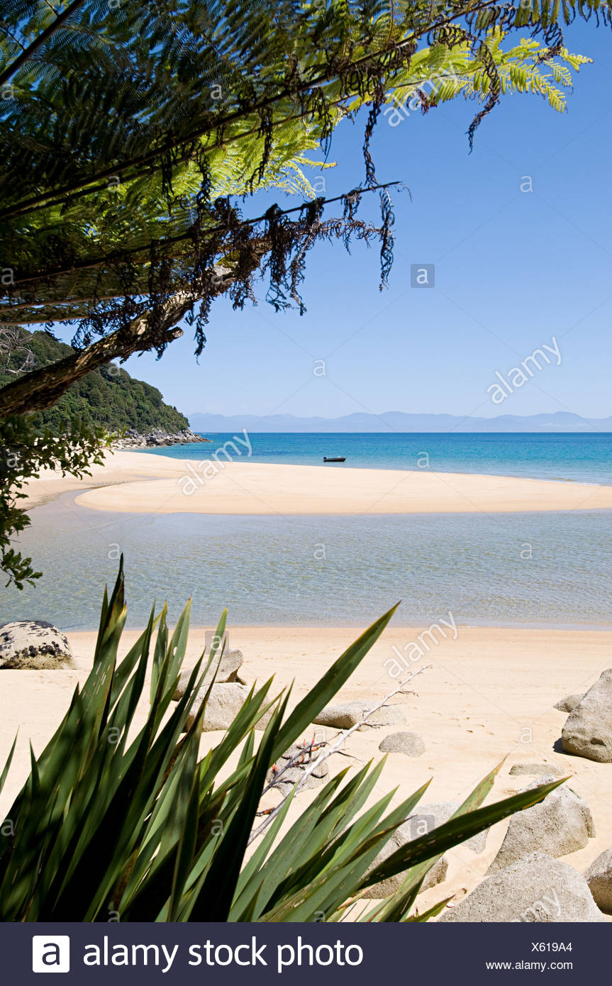 Tranquil and secluded beach - Stock Image
