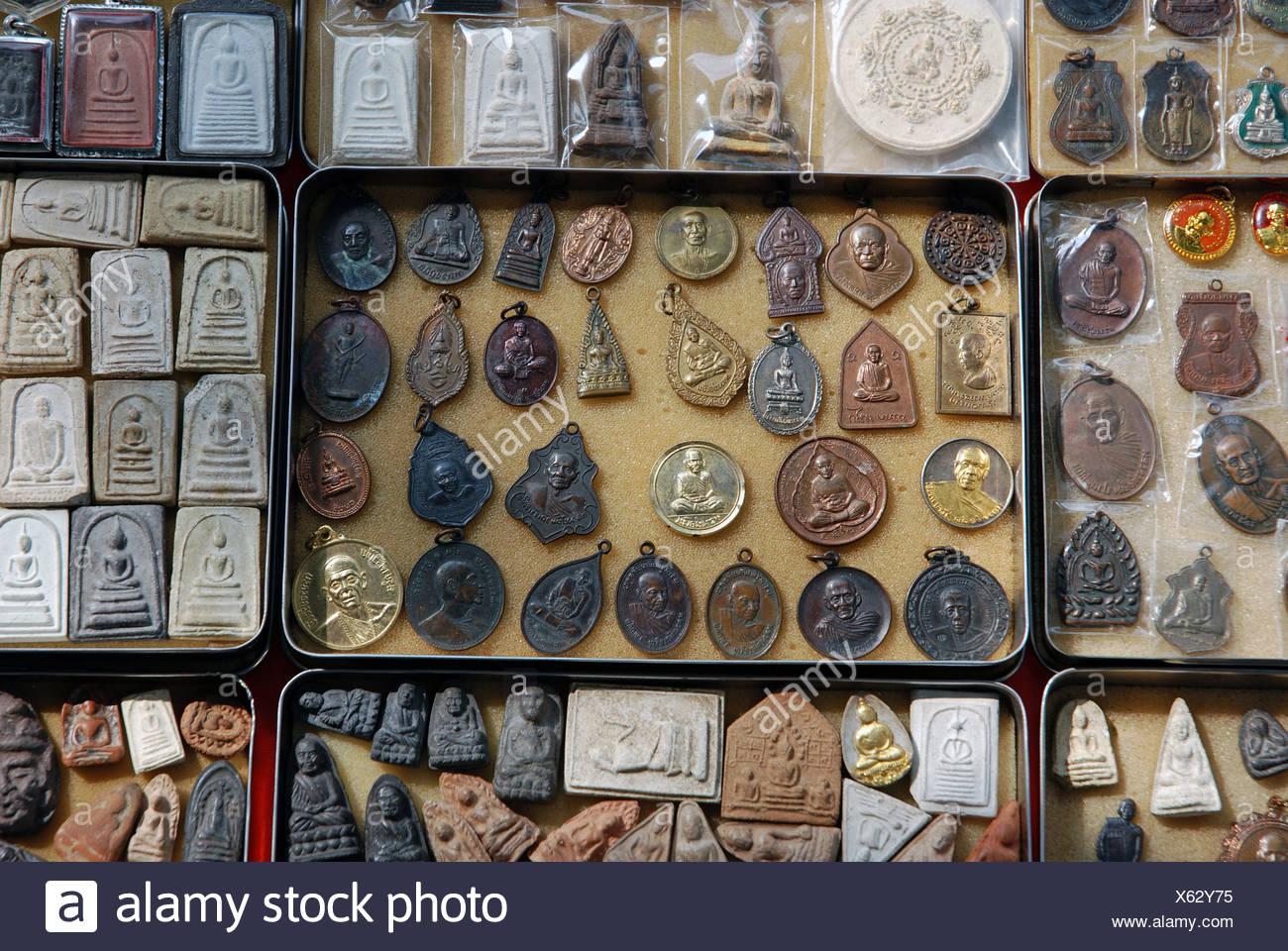 amulet Anachak Asia choice Bangkok Buddha Buddhism shopping prayer chains nonviolence belief confidence tr - Stock Image