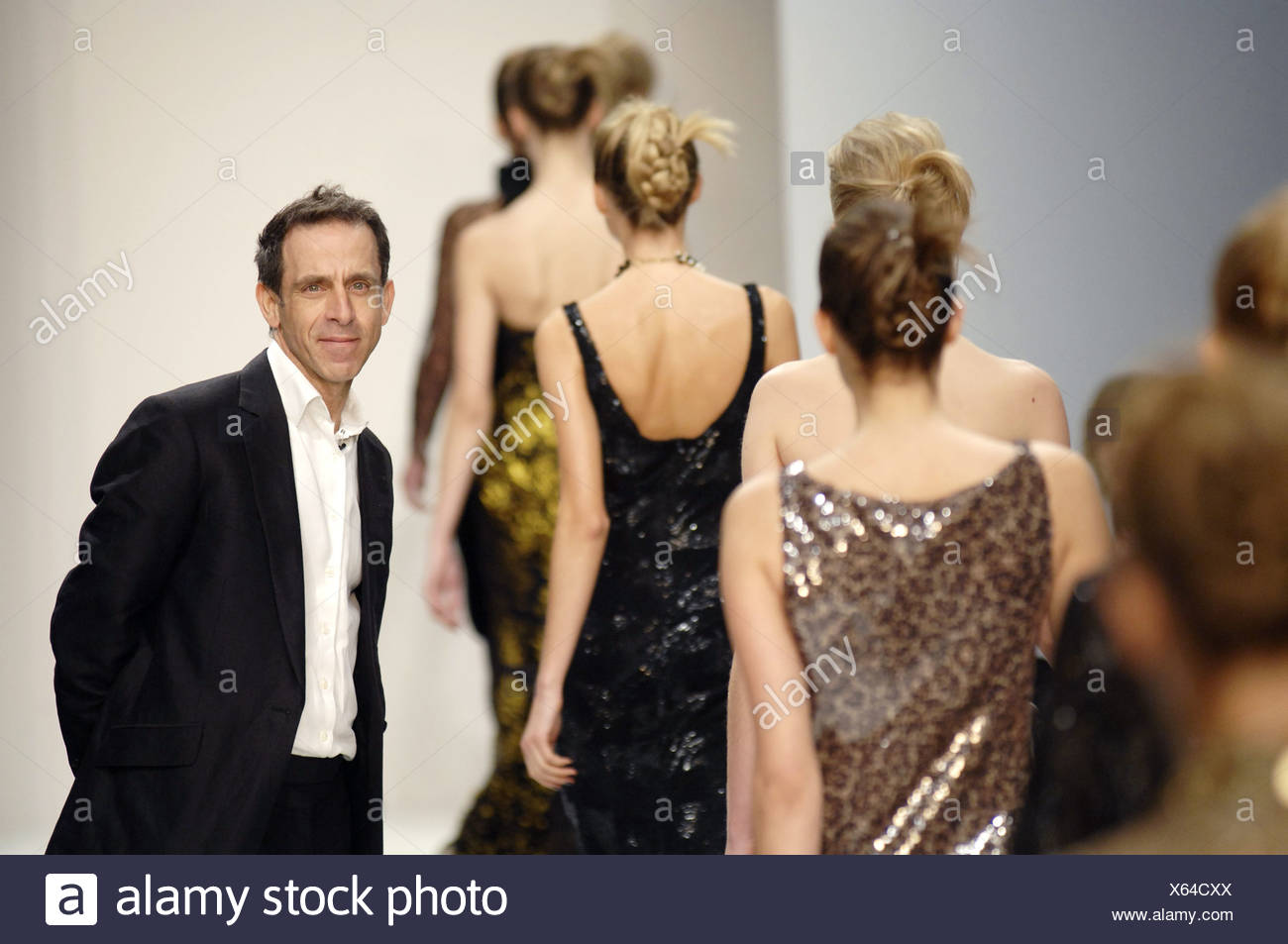 Ben De Lisi London Ready To Wear Autumn Winter Designer Ben De Lisi Wearing White Shirt And Black Blazer Watching As Line Of Stock Photo Alamy