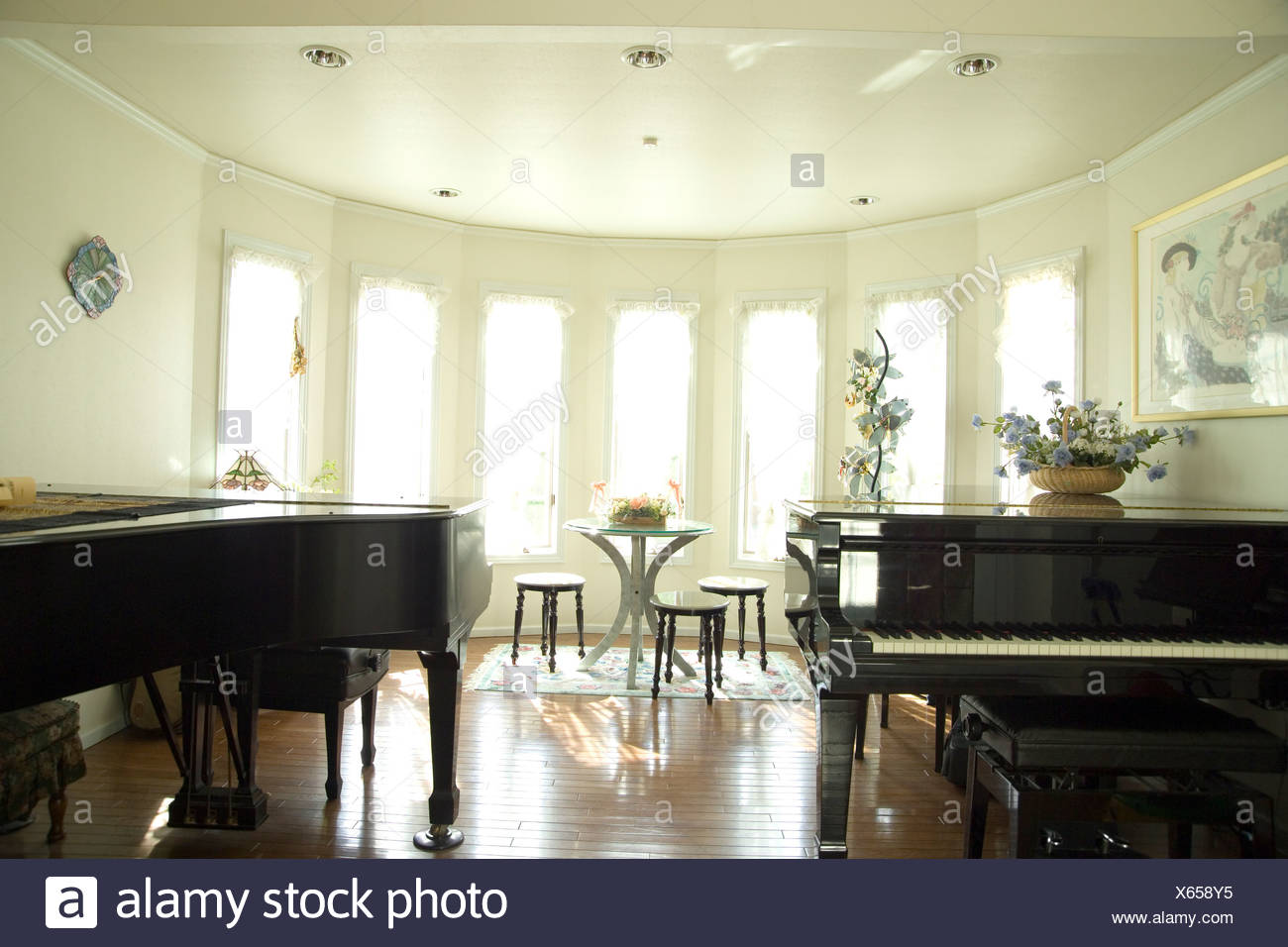 Old Fashioned Grand Piano In Living Room Gift - Living Room Design ...