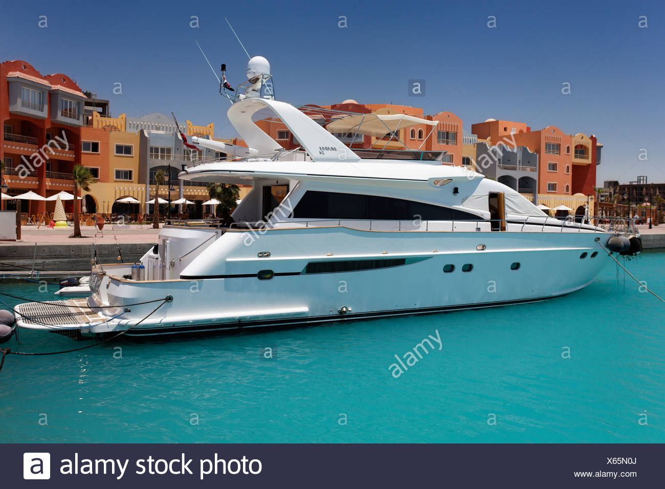 Yacht Stock Photos & Yacht Stock Images - Alamy