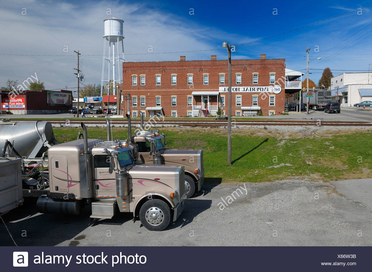 Truck 1909 Imperial Hotel Monterey Tennessee USA America United States of America rails water tower - Stock Image