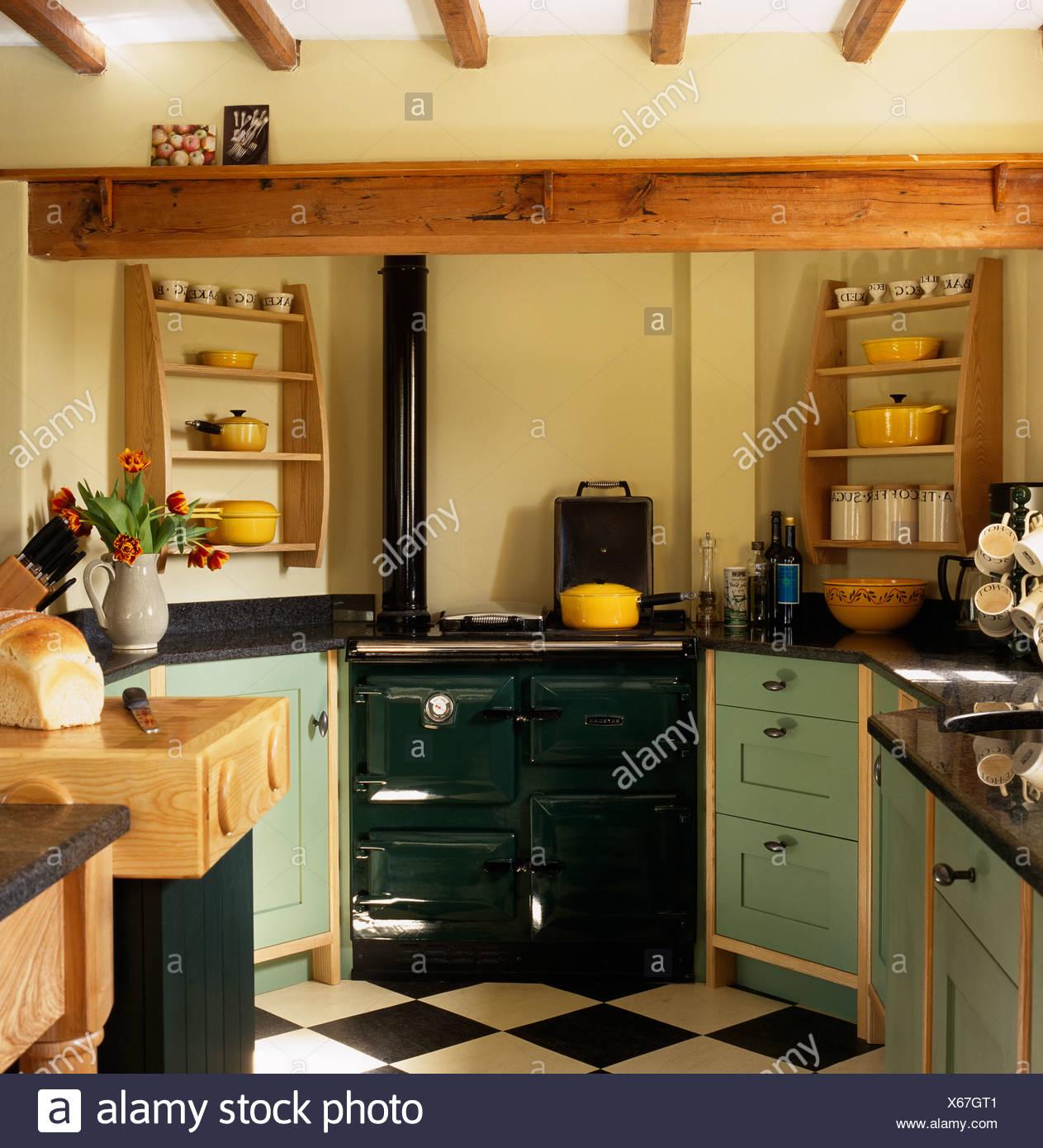 Pale Green Kitchen Units: Wooden Units Cottage Stock Photos & Wooden Units Cottage