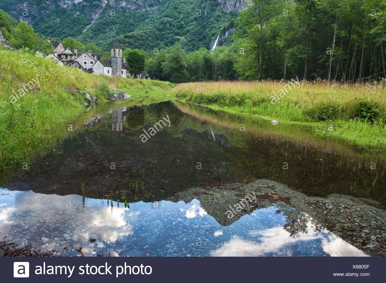 Ritorto, Switzerland, Europe, canton, Ticino, Bavona valley, hamlet, houses, homes, stone houses, reflection - Stock Image