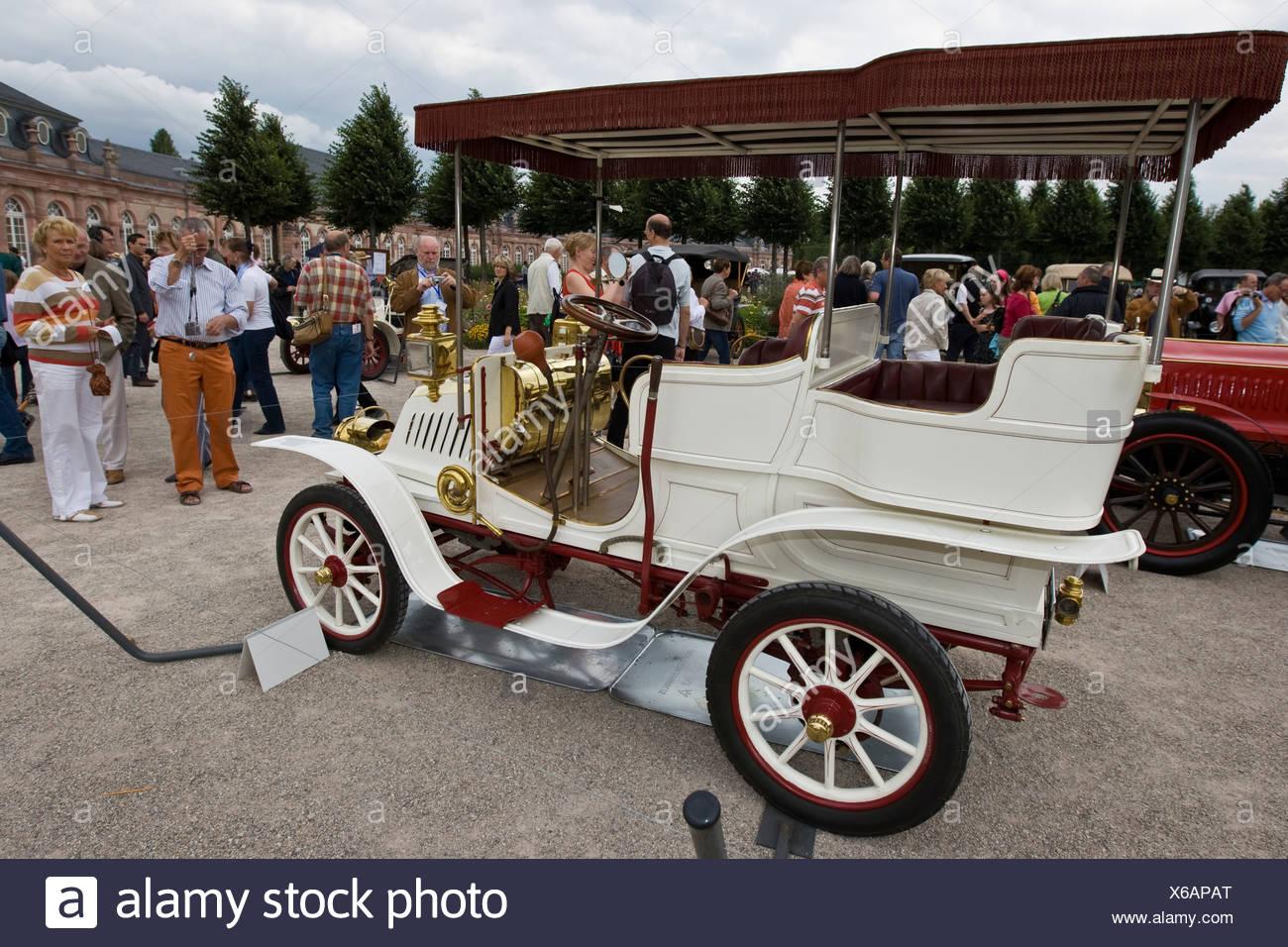 De Dion Barton Phaeton Serie 0 F 1902, vintage car meeting, Schwetzingen, Baden-Wuerttemberg, Germany - Stock Image