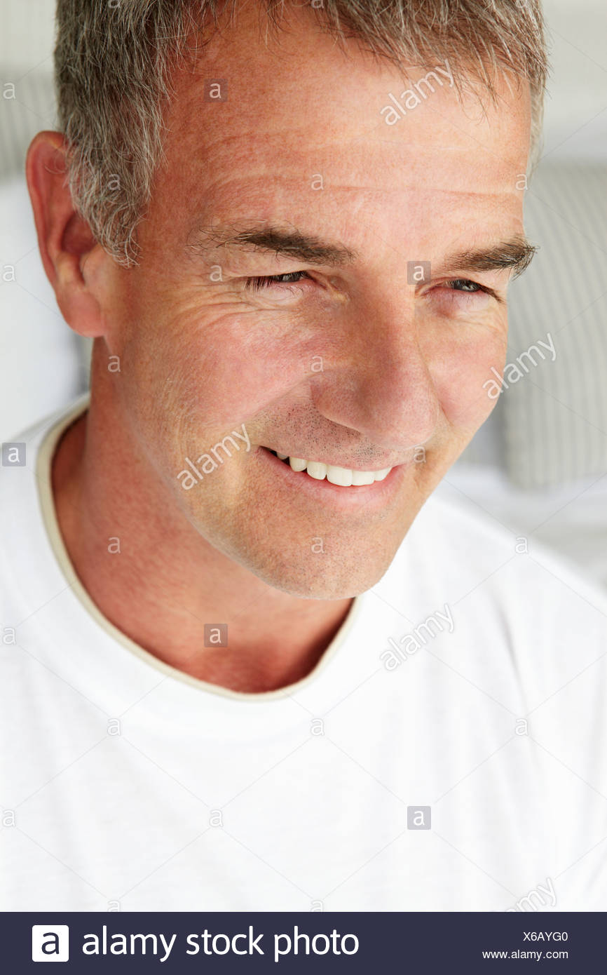 Mid age man head and shoulders - Stock Image