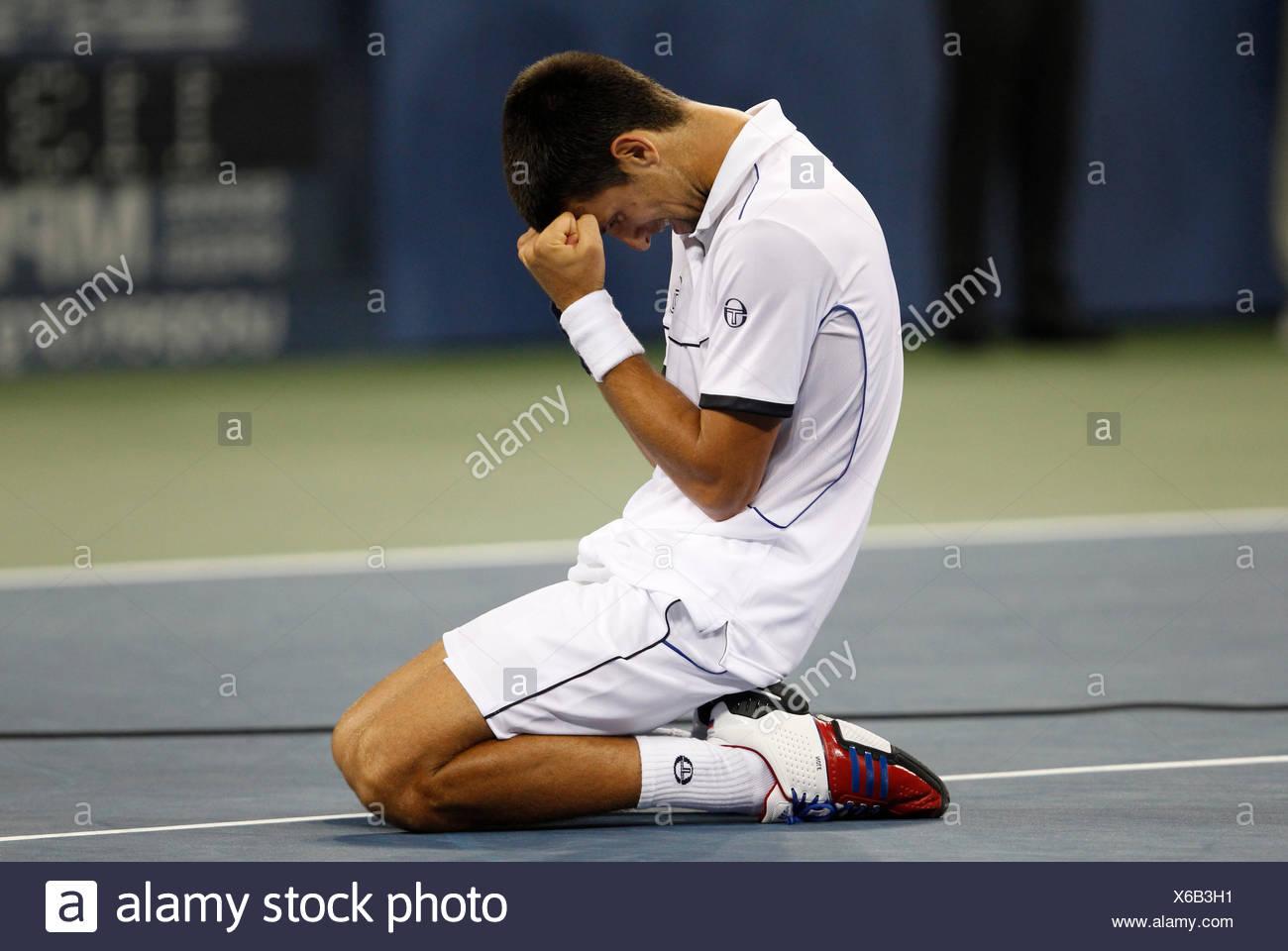Men's final, Novak Djokovic, SRB, kneeling, ITF Grand Slam tennis tournament, U.S. Open 2011, USTA Billie Jean King National - Stock Image