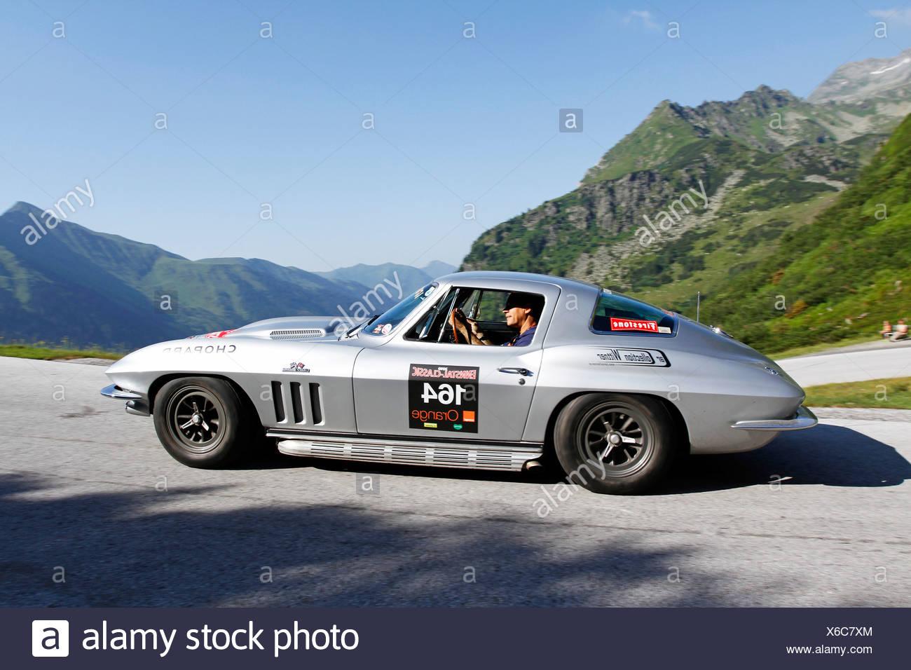 Chevrolet Corvette Stingray, built in 1966, Soelkpass, Ennstal