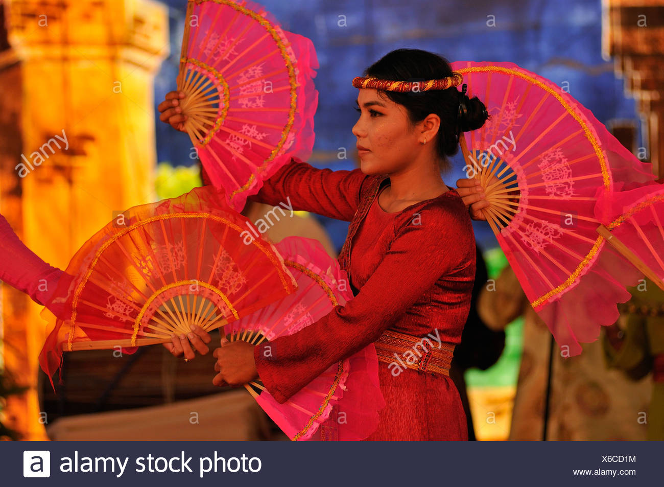 Dancer at the largest and most important religious festival of the Cham, Po Nagar Temple, Vietnam, Southeast Asia - Stock Image