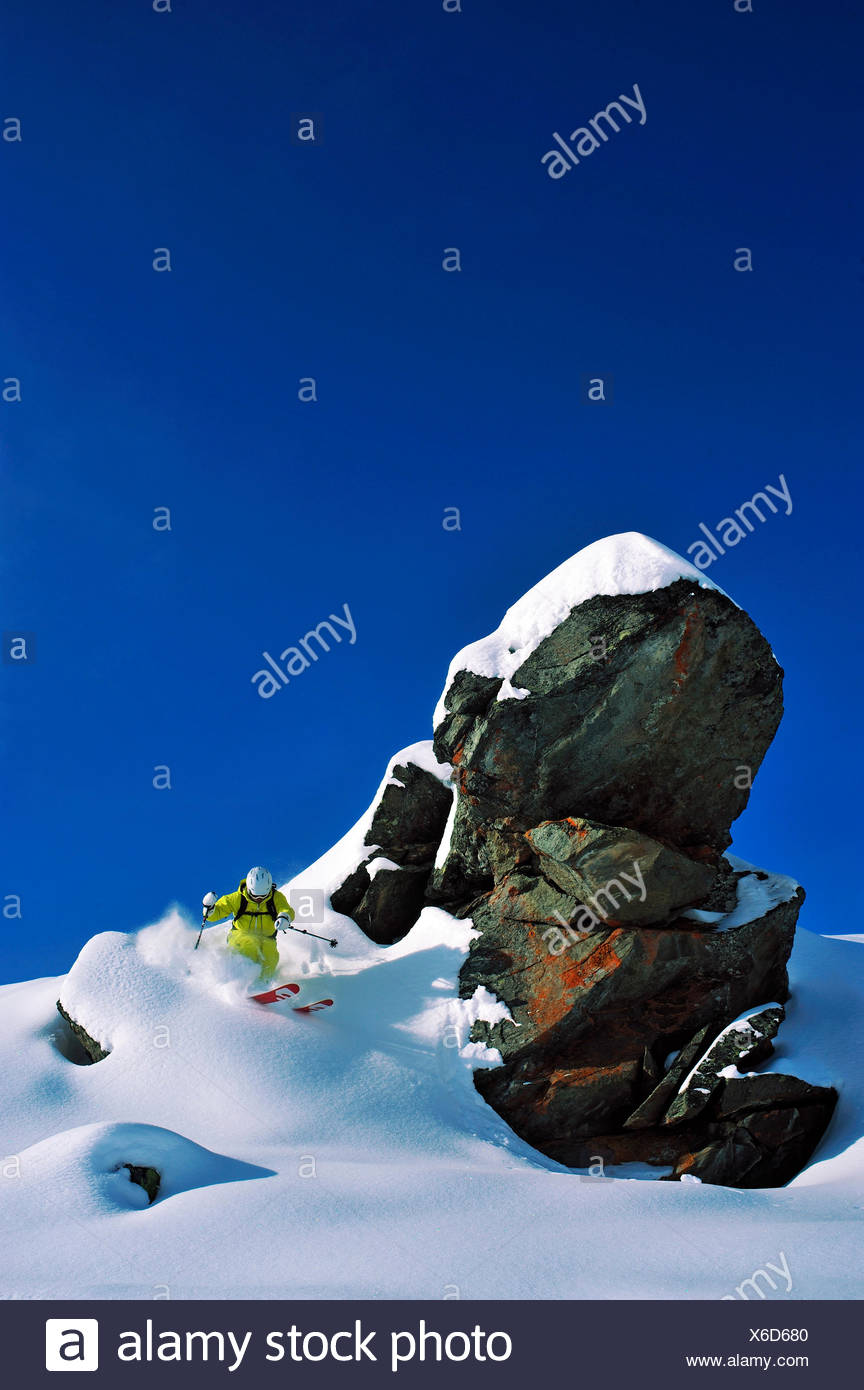 off piste in Val Thorens ski ressort, France, Savoie - Stock Image