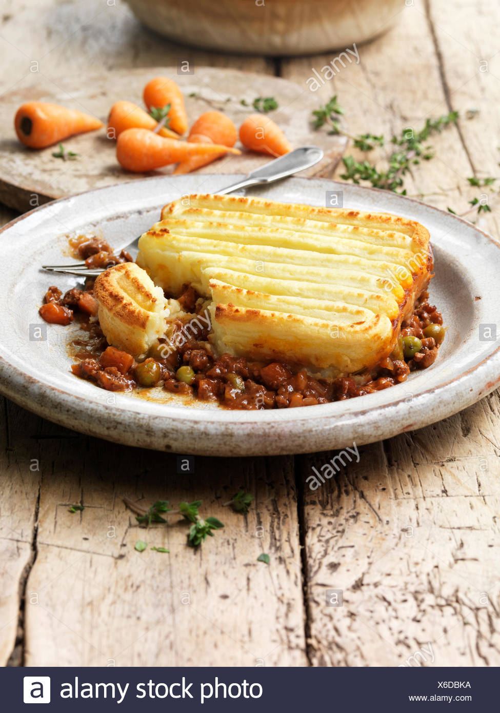 Food traditional meals cottage pie vintage plate minced beef peas carrots onions mashed potato gravy rustic & Minced Beef Onions Carrots Peas Stock Photos u0026 Minced Beef Onions ...
