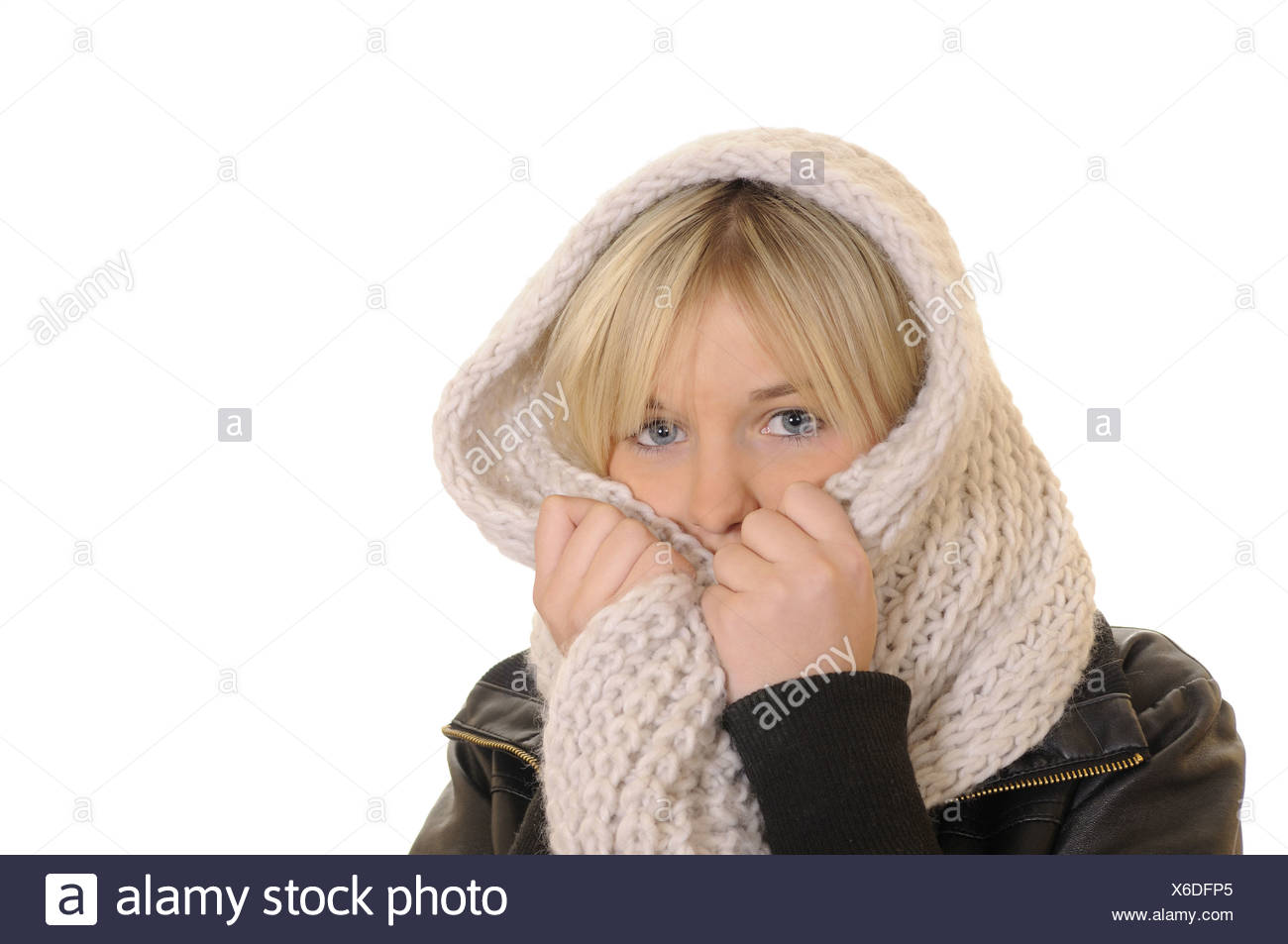 young woman freezes - Stock Image