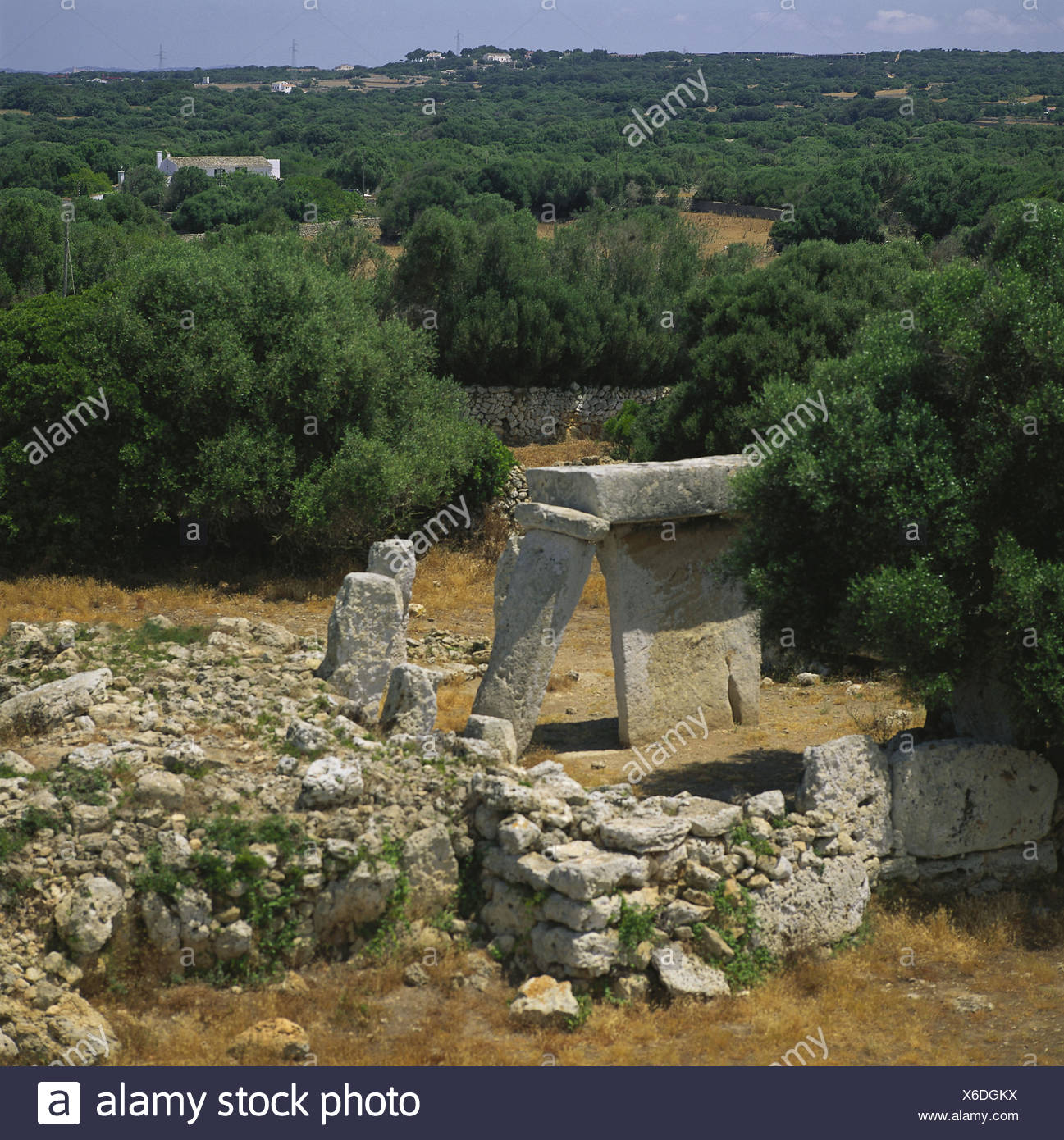 Spain, Menorca, Mao, scenery, Talati de Dalt, 'Taula', stone formations, the Balearic Islands, island, the Mediterranean Sea, settlement, antique, restores, prehistorically, stone prop, keystone, place of interest - Stock Image