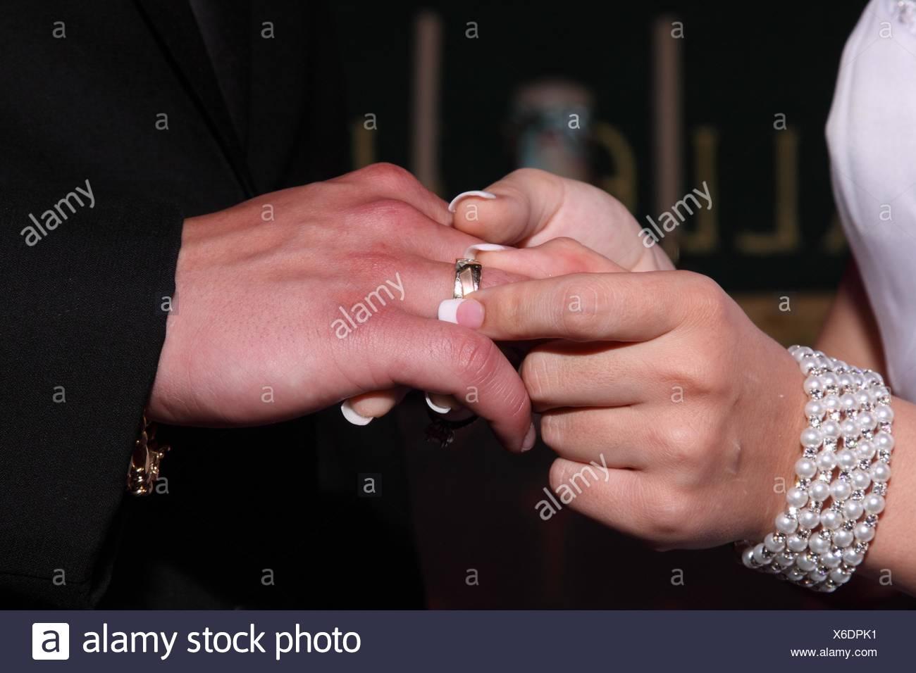 Wedding Ring Finger Bracelet Stock Photos & Wedding Ring Finger ...