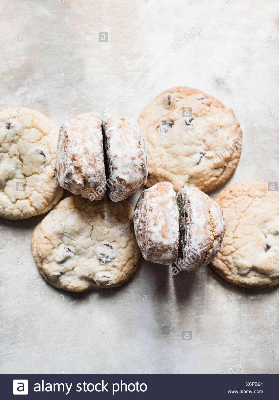Overhead view of fresh scones and cookies - Stock Image