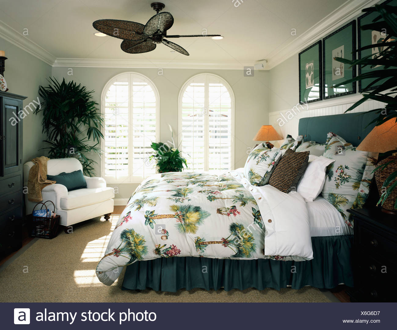 Cozy Beach Style Bedroom with Ceiling Fan Stock Photo: 279410131 - Alamy