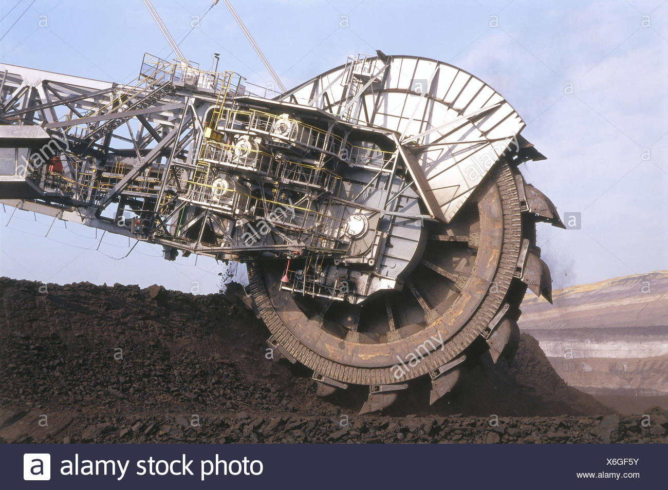 Brown coal opencast mining, bucket wheel excavator, detail, mine, brown coal opus, brown-coal mining, opencast mining, On the surface, coal, waste dump, reduction, brown coal, brown coal reduction, coal reduction, support, overburden, stockpile, excavator Stock Photo