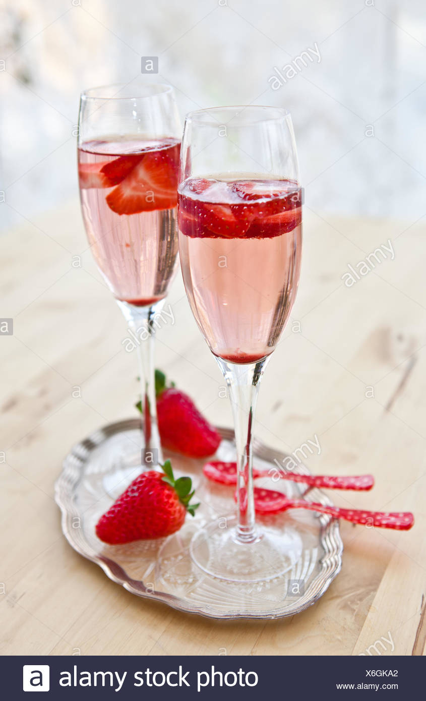 Champagne and strawberries - Stock Image