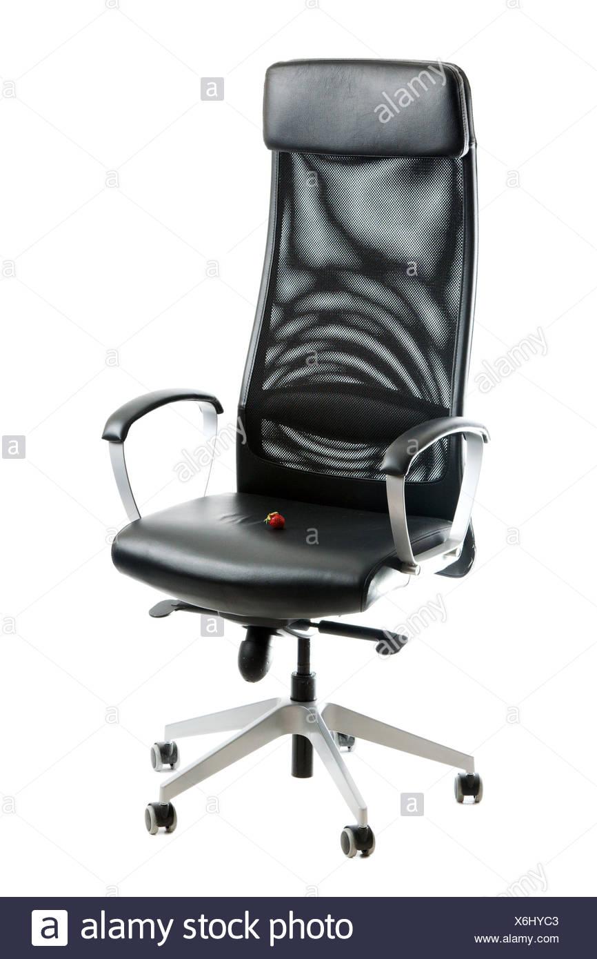 Peachy Berry Of The Strawberries On Black Leather Easy Chair Stock Inzonedesignstudio Interior Chair Design Inzonedesignstudiocom