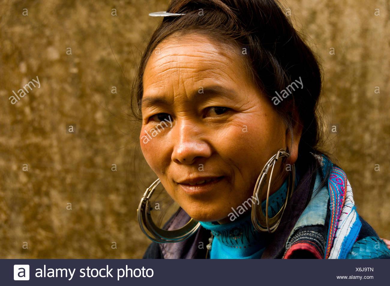 Hmong woman in Sapa, Vietnam - Stock Image