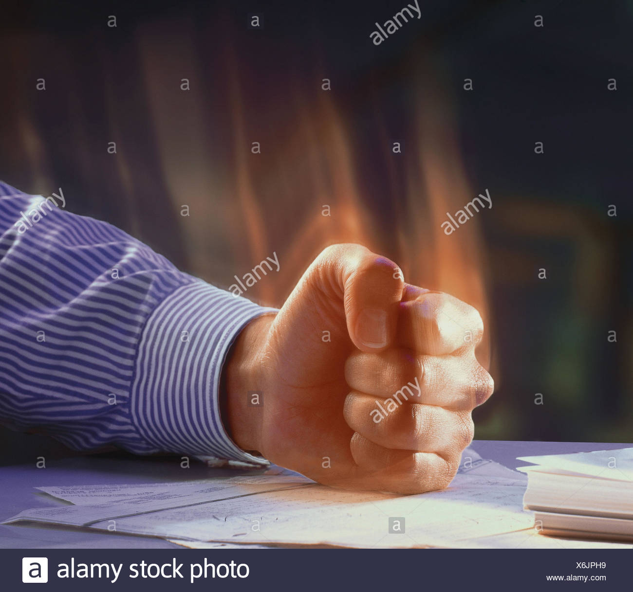 Man, detail, arm, table, fist, hit, [M], fury, rage, furiously, angrily, annoys, annoyance, fit rage, outburst rage, feeling, mood, greedily, control, lose, excites, hand, gesture Stock Photo