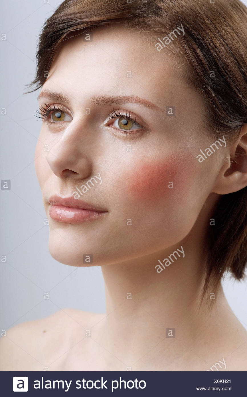 Female Short Light Brown Hair Stock Photo Alamy