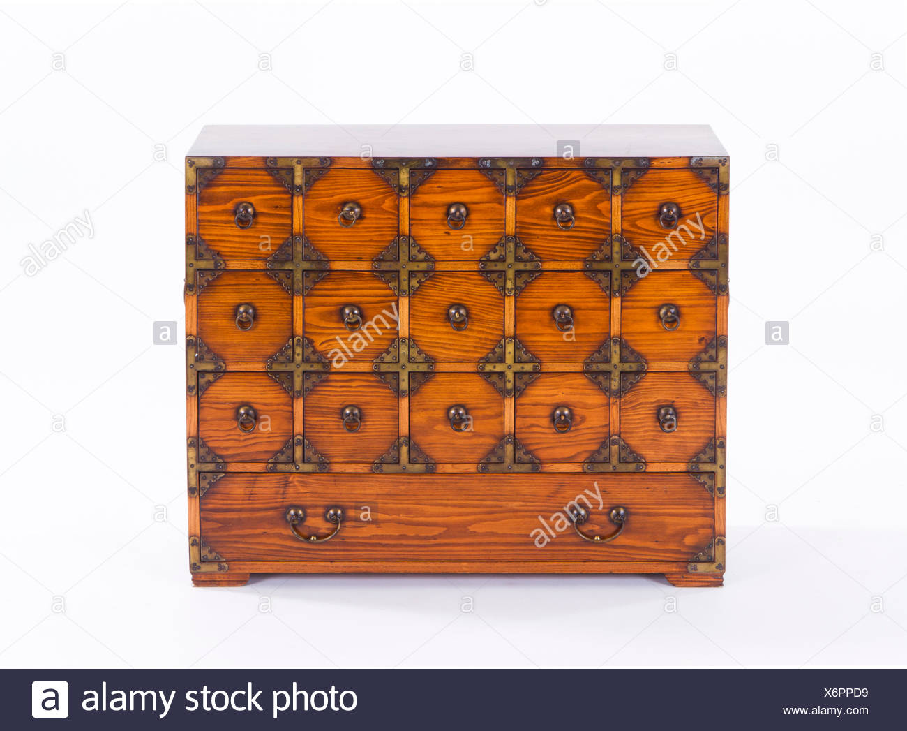 Merveilleux Chinese Cabinet   Stock Image