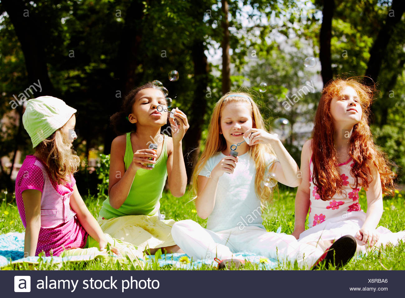 humans human beings people folk persons human human being some several a few laugh laughs laughing twit giggle smile smiling - Stock Image