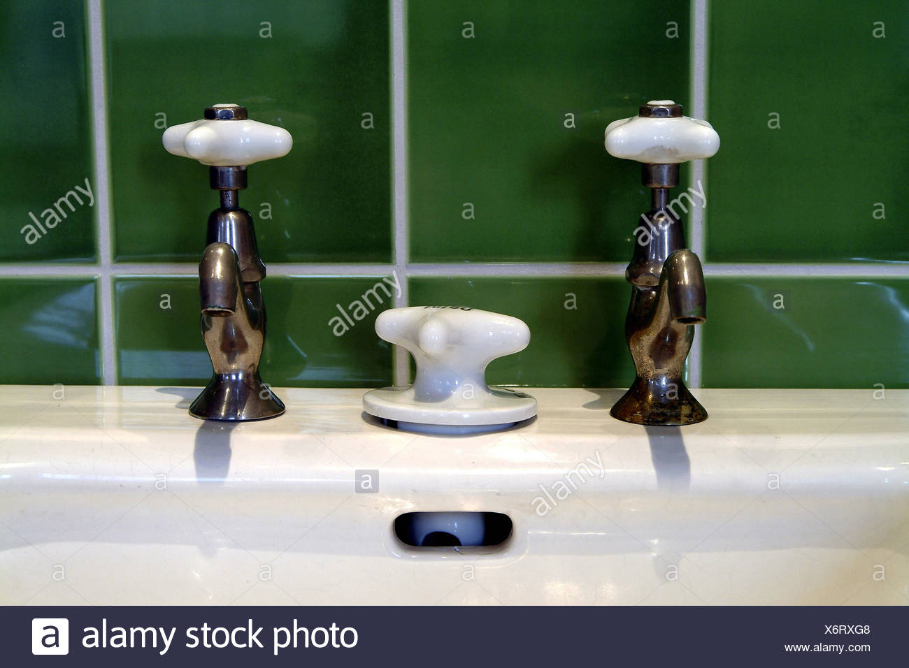 Hot And Cold Taps Stock Photos & Hot And Cold Taps Stock Images - Alamy
