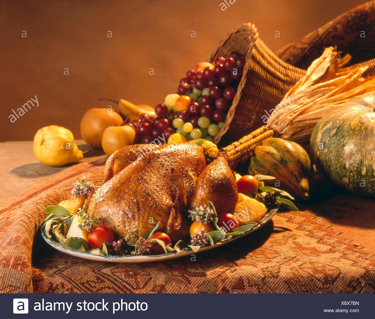 Thanksgiving Turkey on a Platter with Fruit, Cornucopia - Stock Image