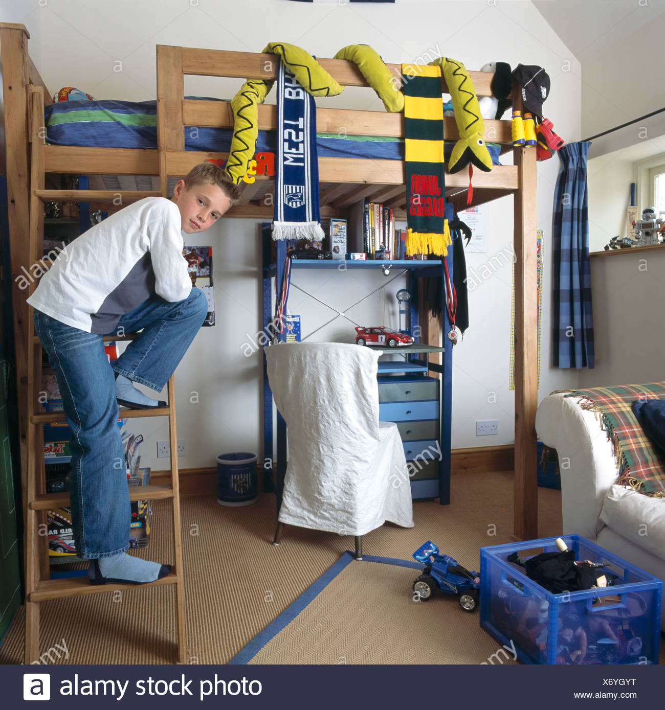 Teenage Bedroom Bunk High Resolution Stock Photography And Images Alamy