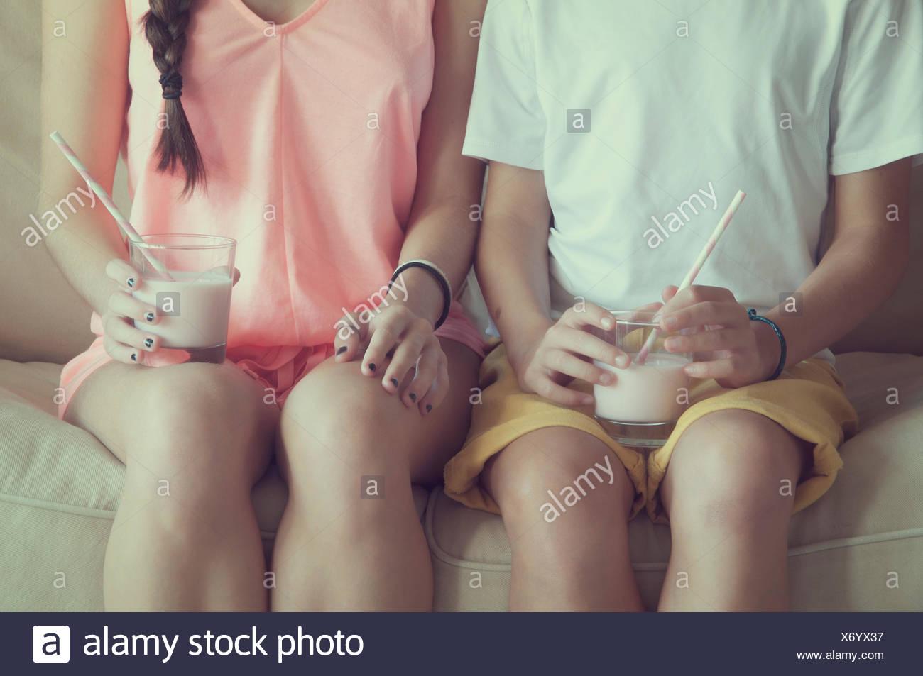 Teen girls flat boobs