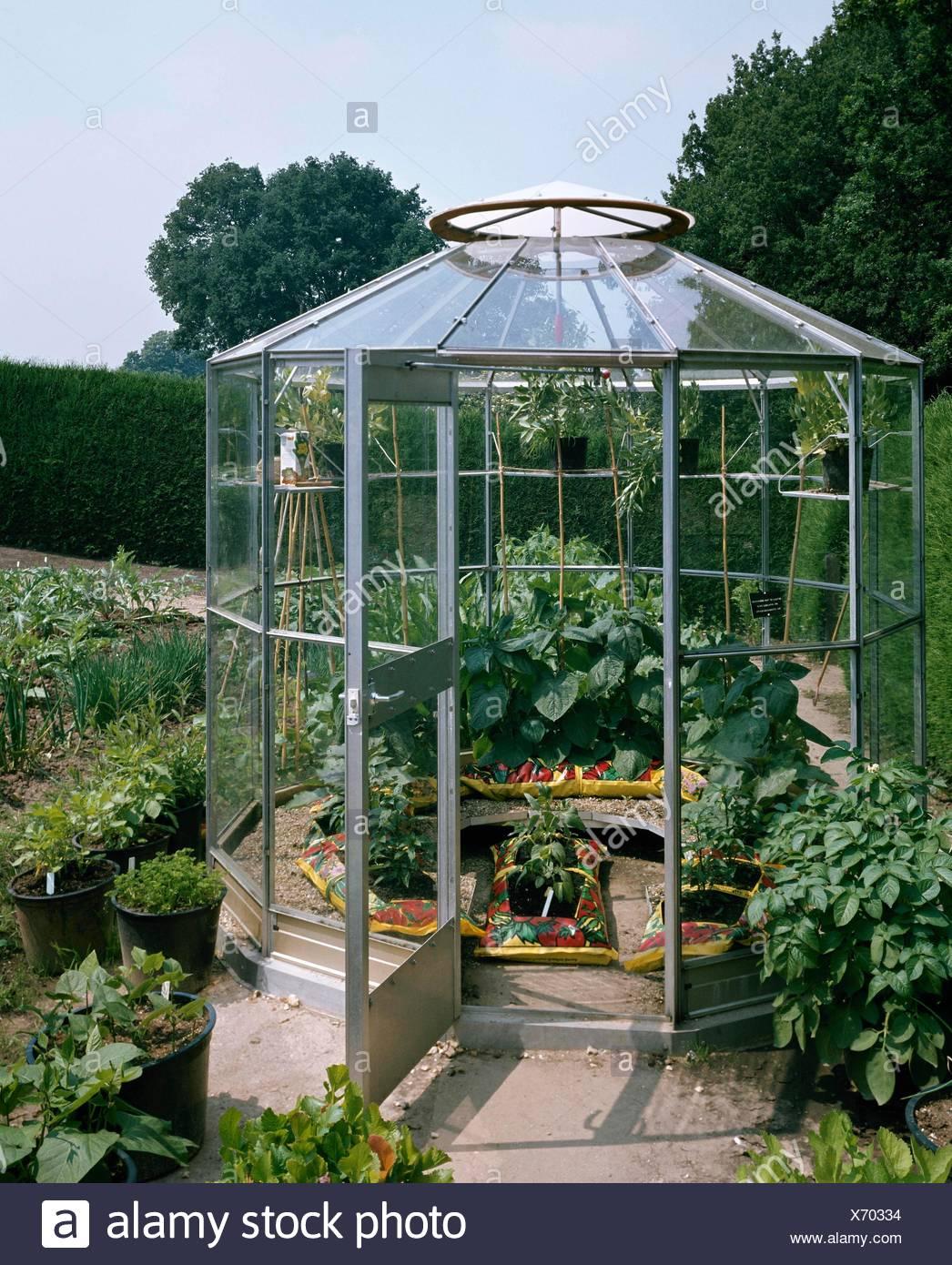 Octagonal Greenhouse Stock Photos & Octagonal Greenhouse Stock
