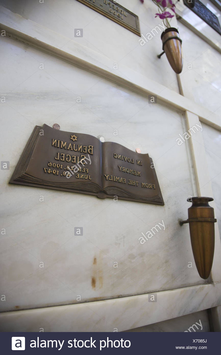 USA, California, Los Angeles, Hollywood, Hollywood Forever Cemetery, resting place of Benjamin 'Bugsy' Siegel, gangster and founder of Las Vegas casinos - Stock Image