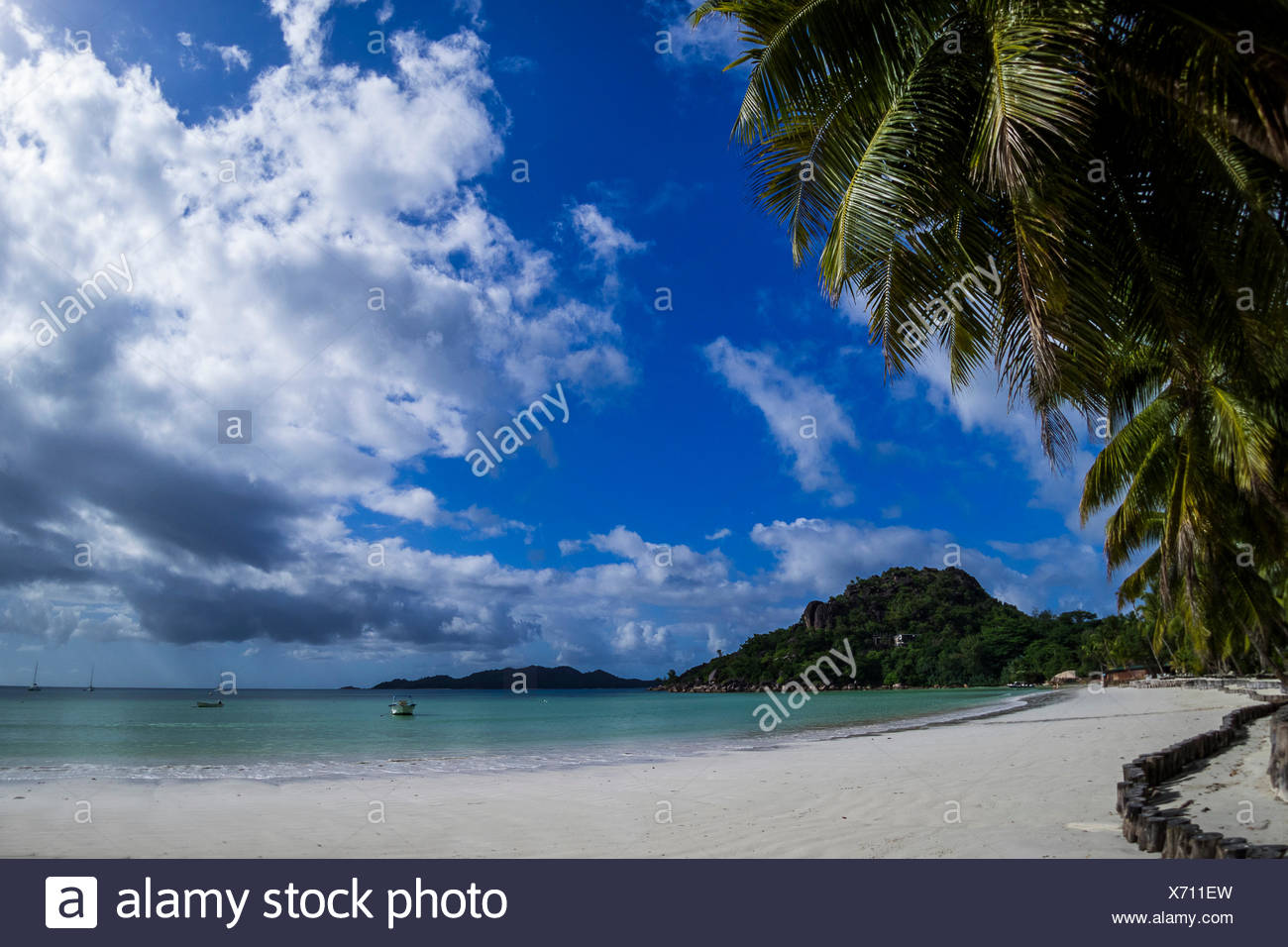 seychelles - dream beach on praslin at anse volbert Stock Photo