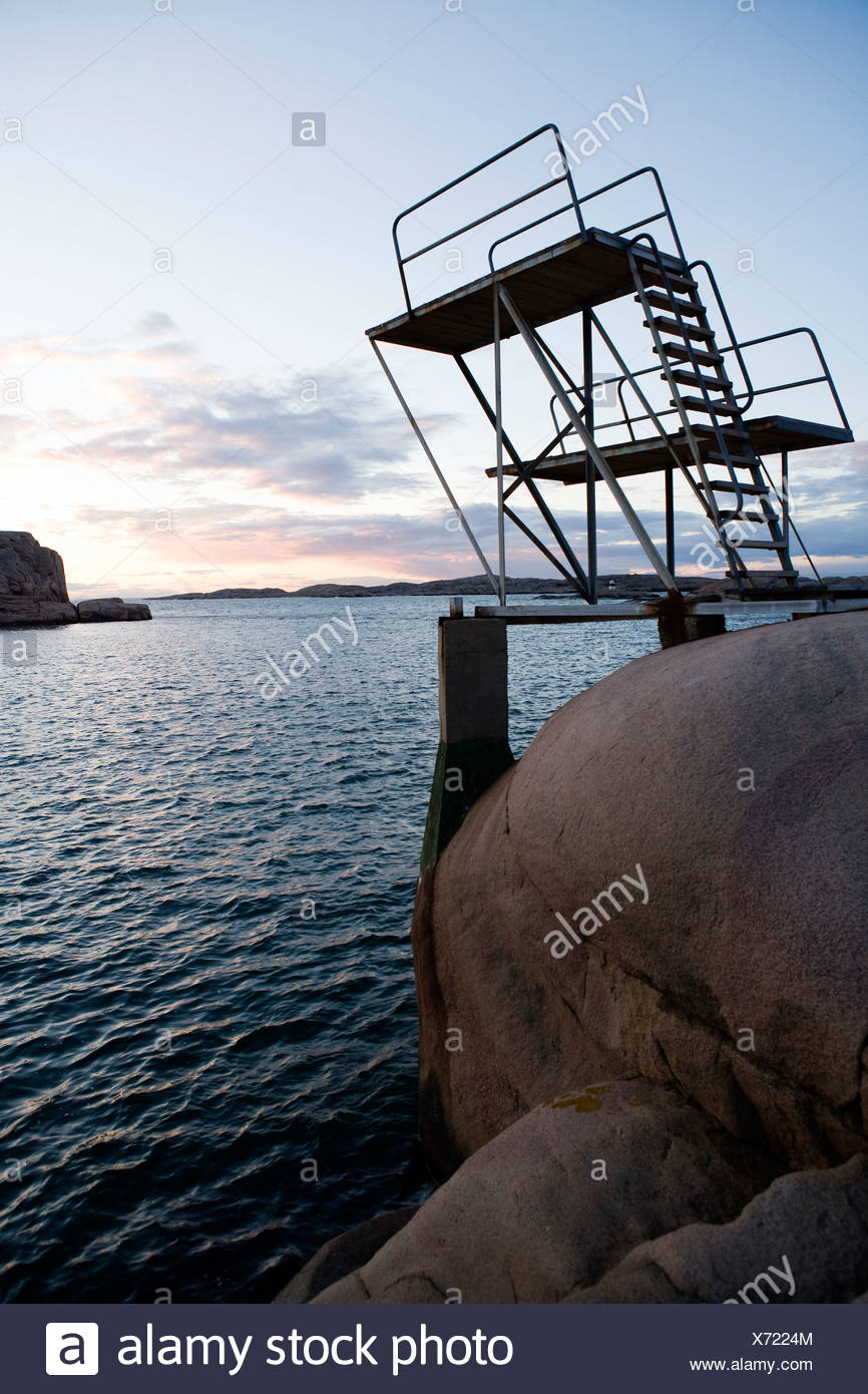 A diving tower by the sea, Smogen, Bohuslan, Sweden. - Stock Image
