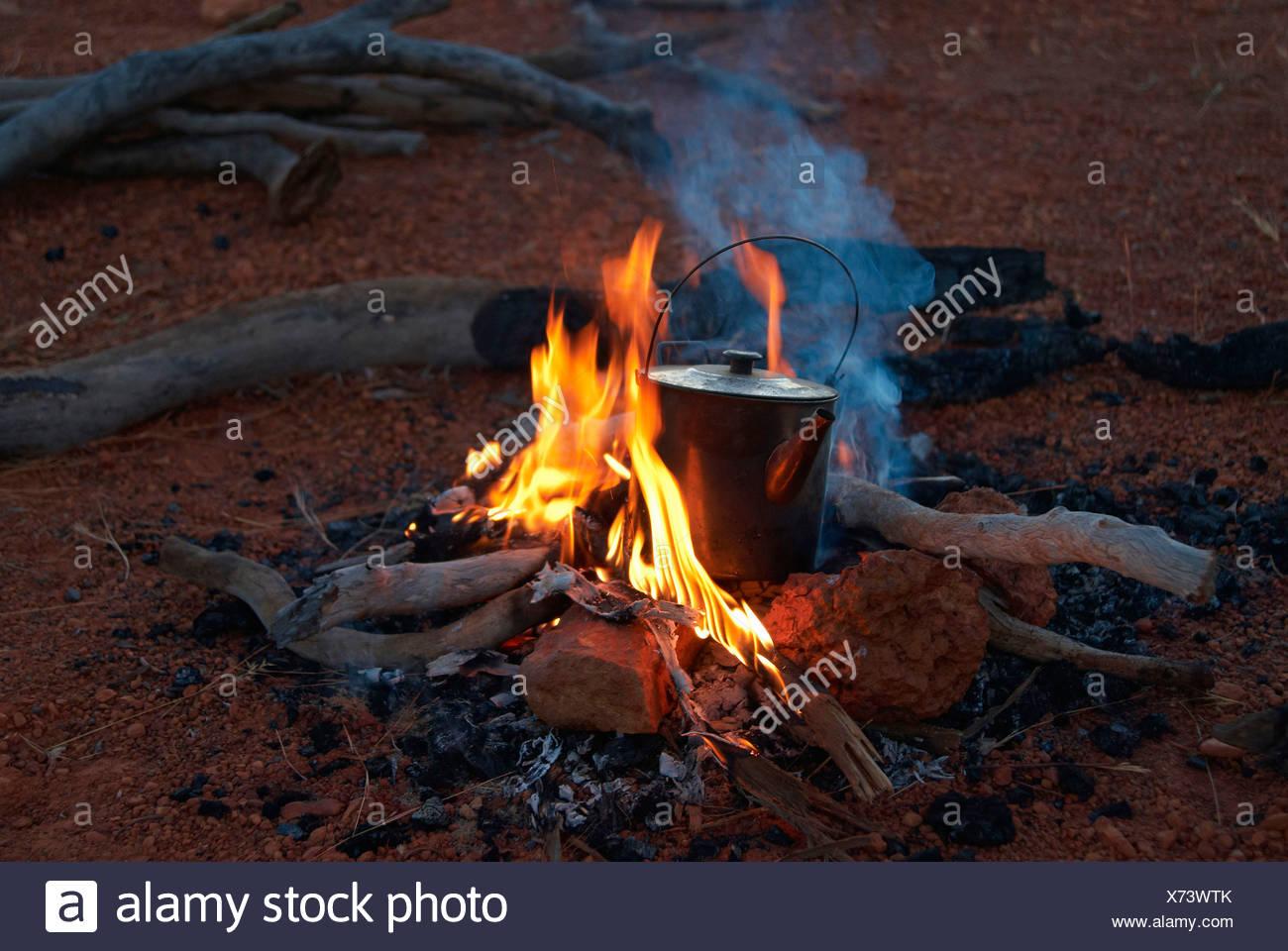 Australia, Queensland, Savannah Way, Burketown, camping, fire, adventure - Stock Image