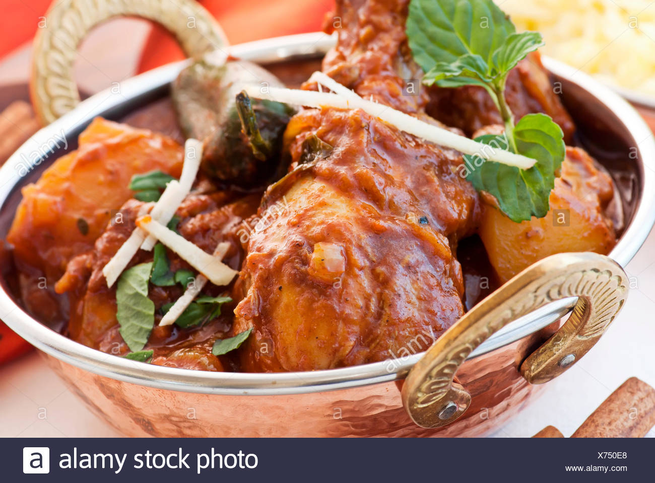 Chicken thighindian cuisinevindaloo stock photo 279778640 alamy chicken thighindian cuisinevindaloo forumfinder Choice Image