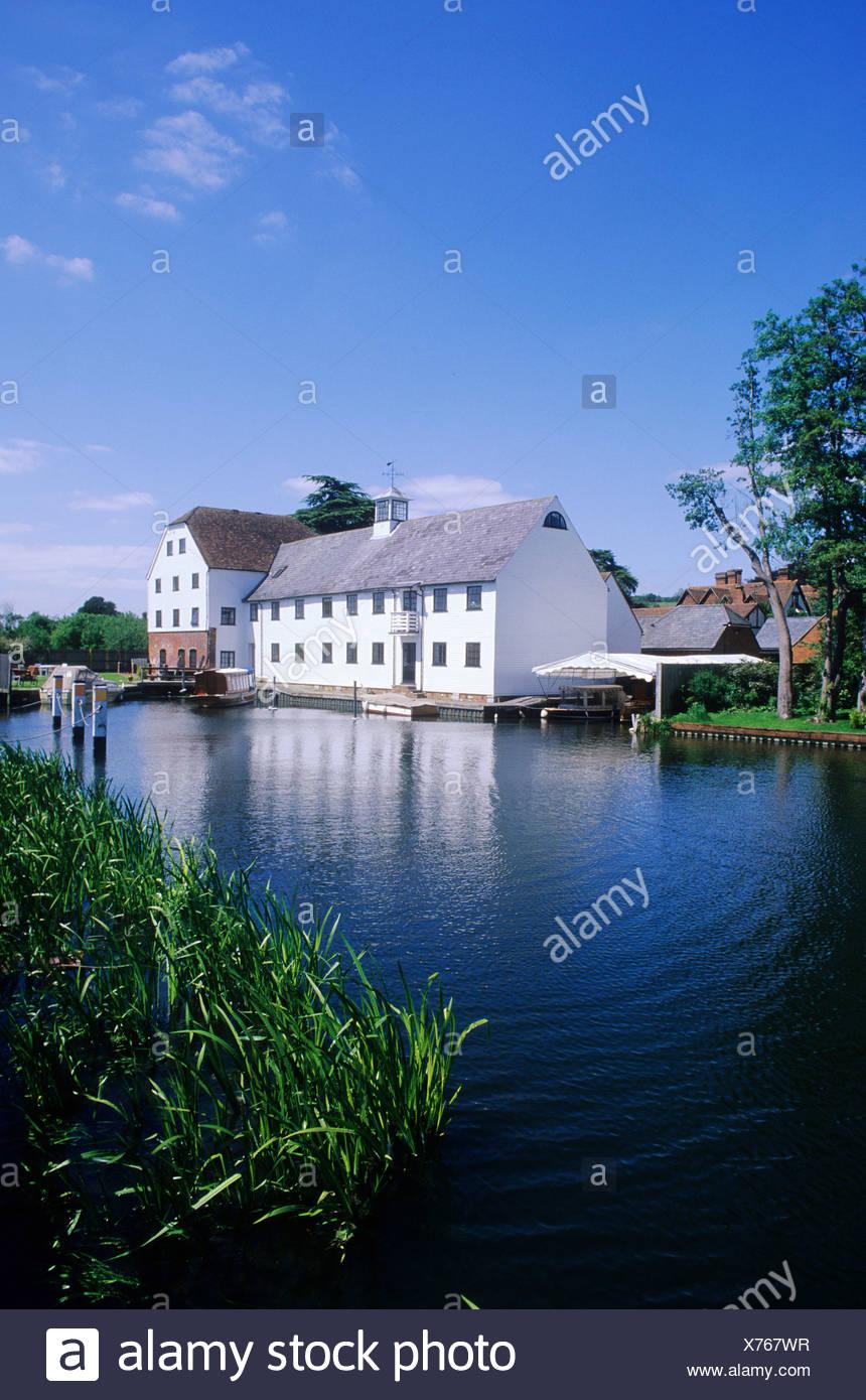 Hambleden Mill River Thames Buckinghamshire Bucks England UK English scenery watermill white painted - Stock Image