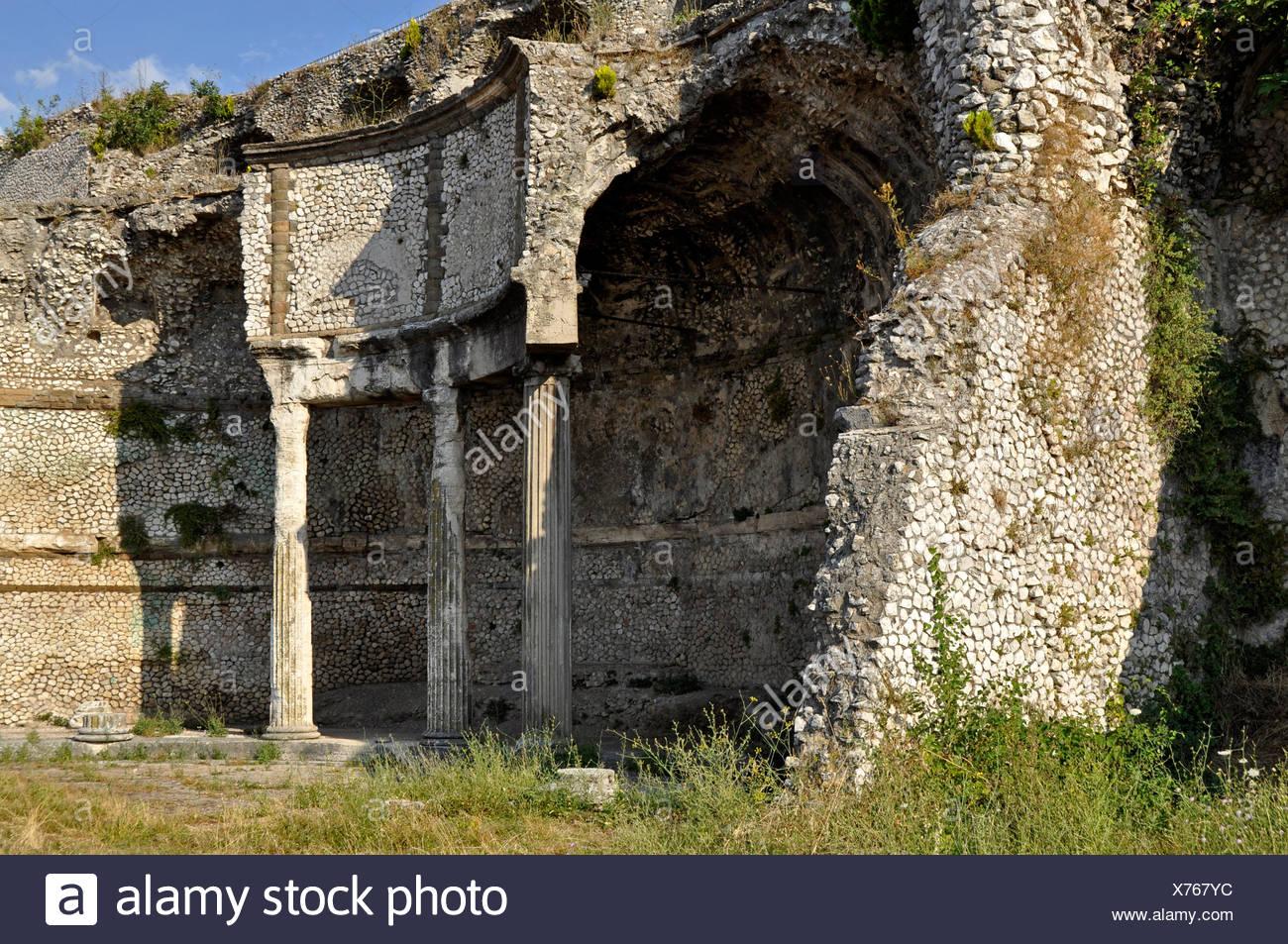 Remains of the ancient temple-shrine of the goddess Fortuna, Tempio della Fortuna Primigenia, Area Sacra, Palestrina, Lazio - Stock Image