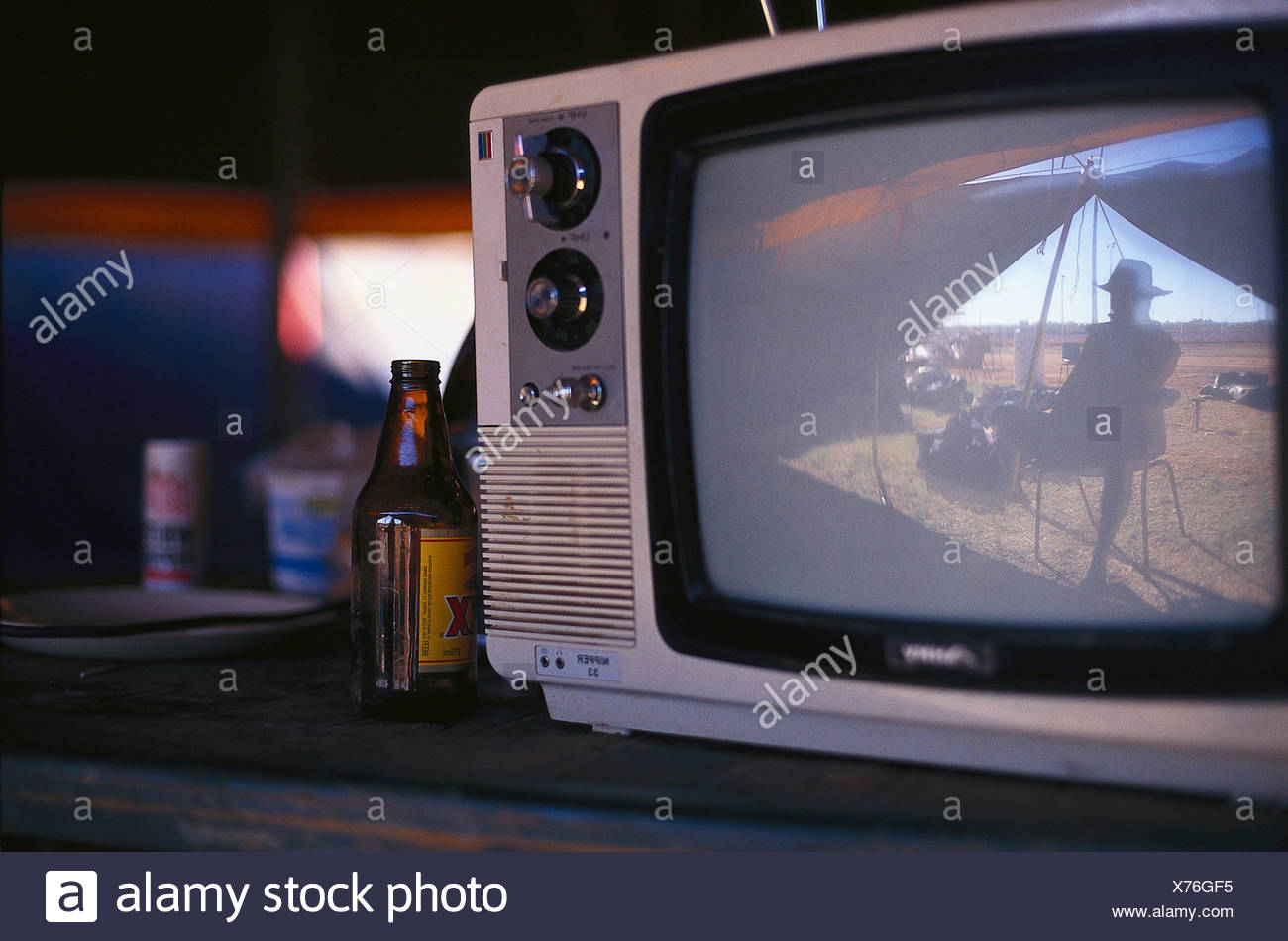 TV in tent, Fred Brophy's Boxing Troupe, Australia - Stock Image