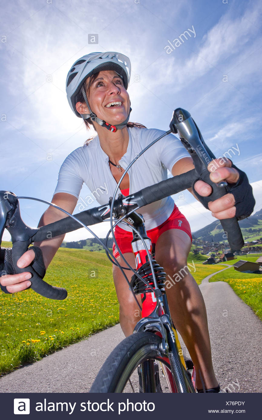 Cyclist, biker, Appenzell area, spring, bicycle, bicycles, bike, riding a bicycle, canton, Appenzell, Innerroden, Alpstein, Sänt - Stock Image