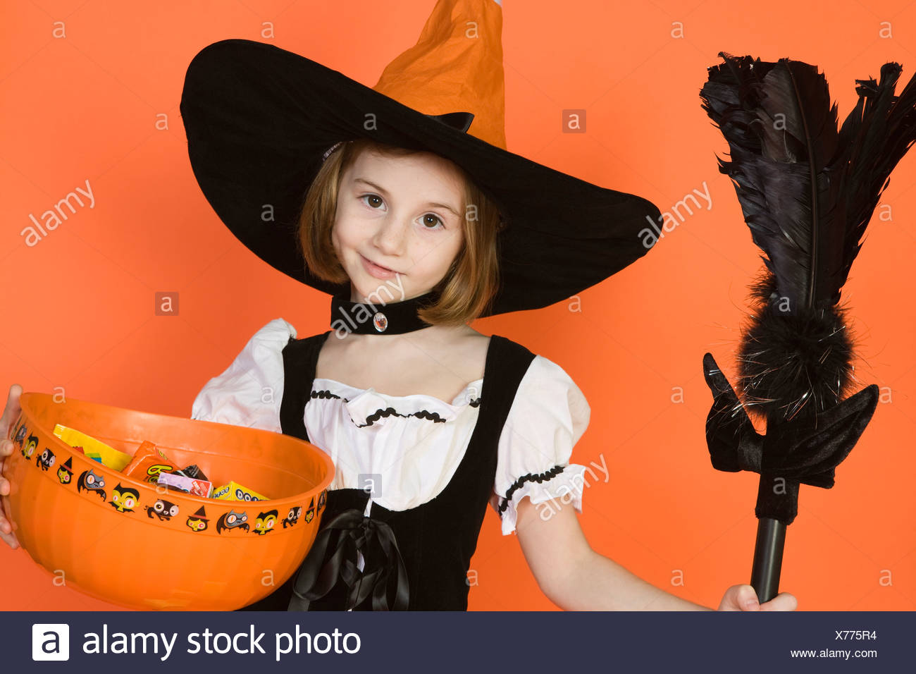 Portrait of girl (7-9) wearing witch costume for Halloween - Stock Image  sc 1 st  Alamy & Teen Witch Costume Stock Photos u0026 Teen Witch Costume Stock Images ...