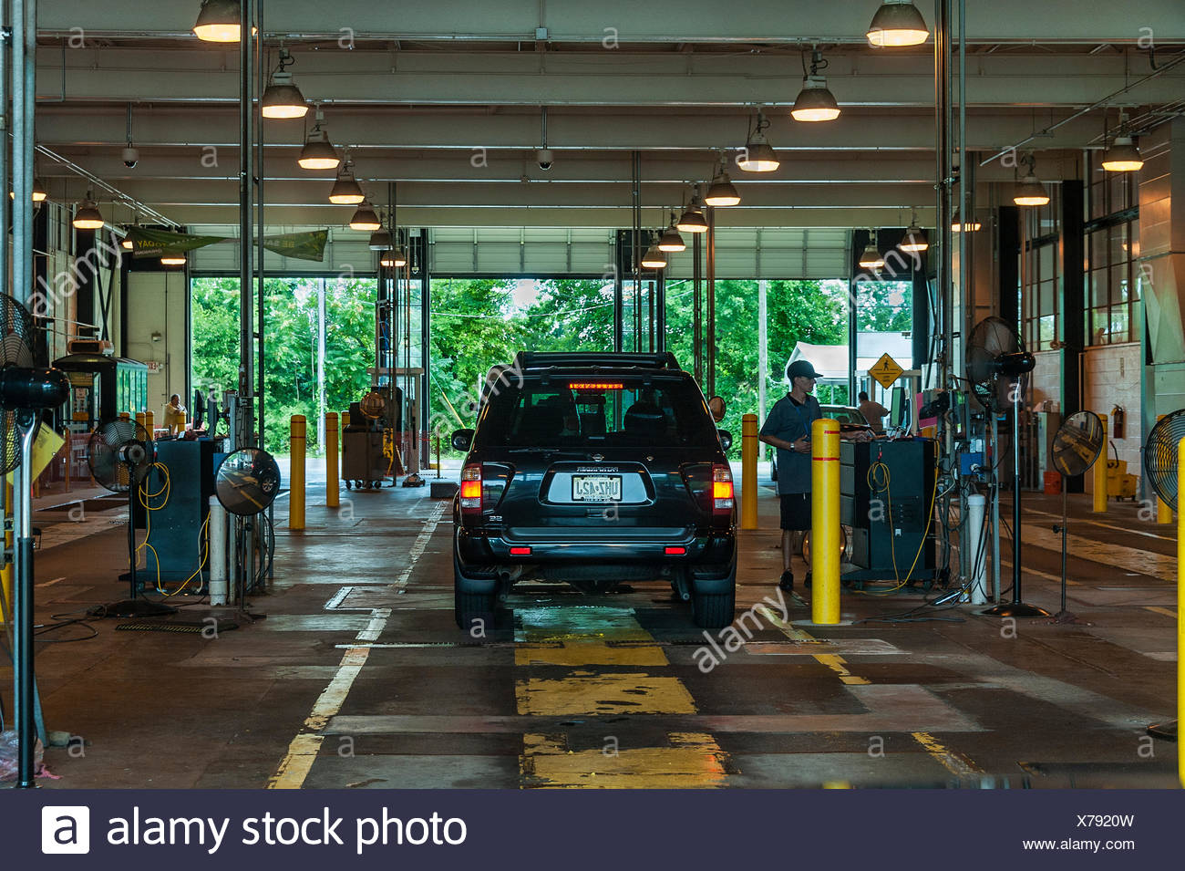 State auto inspection station, New Jersey, USA Stock Photo