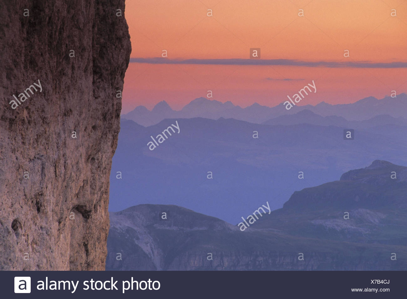 Italy, South Tirol, the Dolomites, rose garden, king Laurin wall, detail, view, mountaintop, evening mood Europe, Southern Europe, Dolomiti, cliff face, mountains, mountains, summits, mountain summits, scenery, view, afterglow, evening, tuning - Stock Image