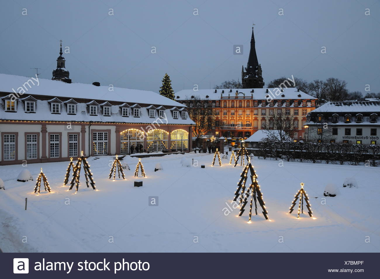 Weihnachtsbeleuchtung Schneefall.Lustgarten Winter Stock Photos Lustgarten Winter Stock Images Alamy