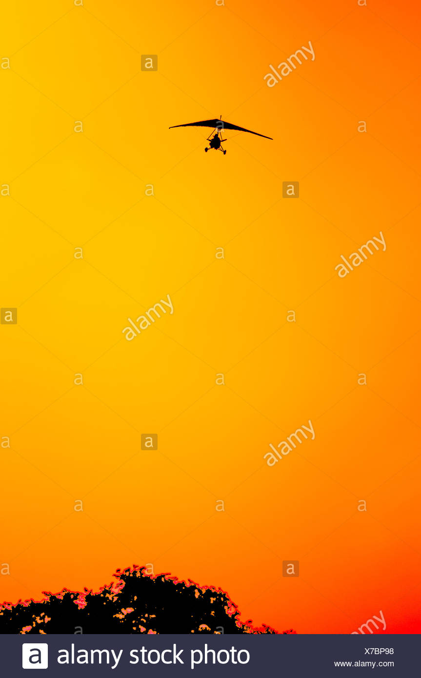 Micro lite coming in for landing - Stock Image
