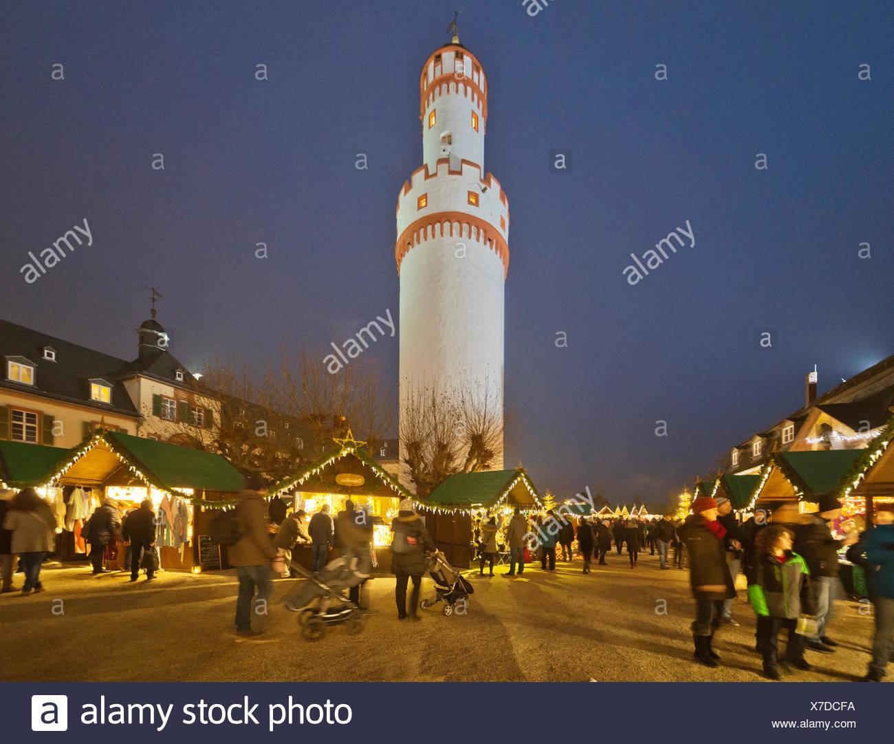 Weihnachtsmarkt Bad Homburg.Bad Homburg Hessen Weihnachtsmarkt Schloss Weißer Turm Stock